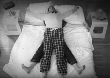 Bedeutung schlafpositionen paar Schlafverhalten von