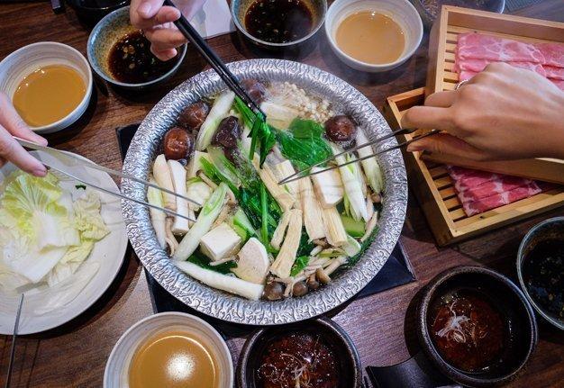 Dieses Jahr servieren wir Shabu Shabu statt Fondue Chinoise!