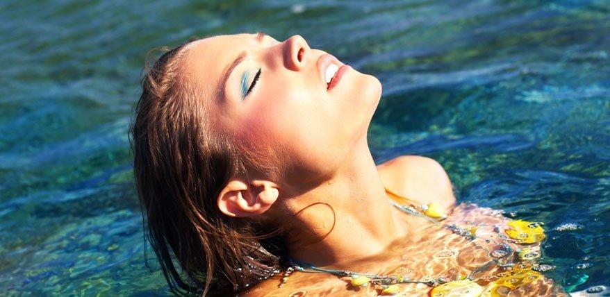 Wie Make up im Sommer besser hält