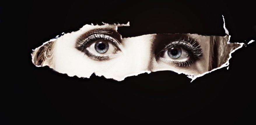 Ex stalken: Neugier schlägt Vernunft