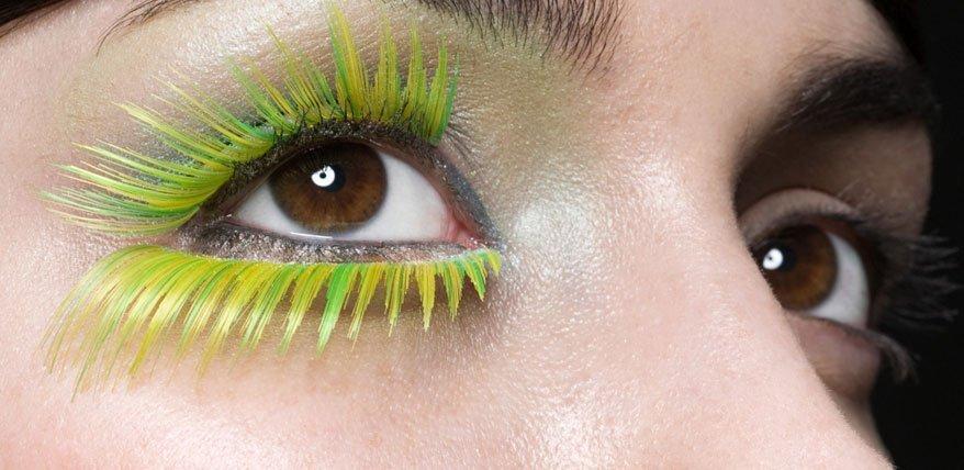 Ja Du kannst! Bea Petri verrät im Beauty Talk wie sich unscheinbare Wimpern verlängern lassen.