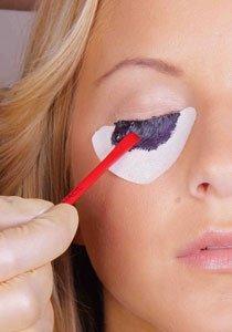 Wimpern färben:  Ausdruckstarke Augen ohne Mascara