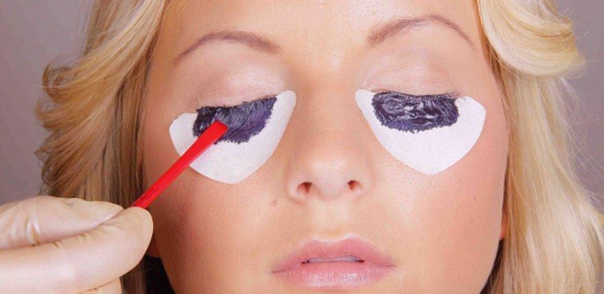 Ausdrucksstarke Augen ohne Mascara