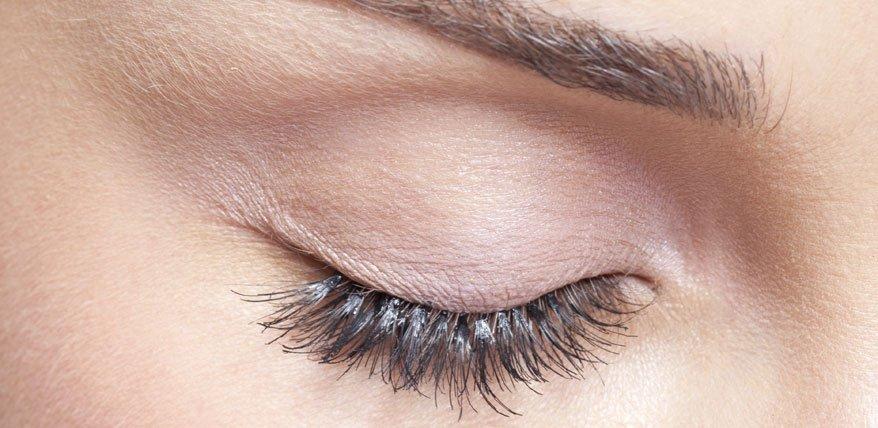 Dauerhafte Wimpernverlängerung: Die Beauty-Behandlung im Test